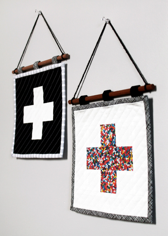 Mini Plus Sign Hanging Quilts {an Art School Dropout's life}
