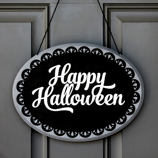Happy Halloween Plaque by Jessee M for Silhouette America {an Art School Dropout's life}