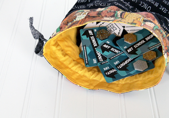 A Drawstring Bag and a Patchwork Lanyard for QuiltCon {an Art School Dropout's life}
