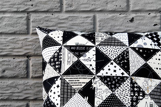 Bw_pillow_finished_003_550