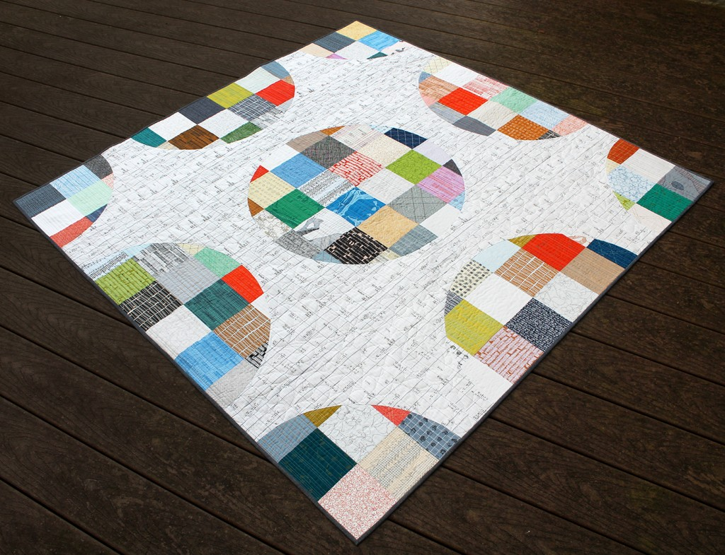 Pixelated Circles Quilt - Printed Pattern {an Art School Dropout's life}